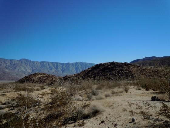 Santa Rosa mountains horizon